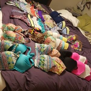 Huge BUNDLE OF 34D, 34DD, 36D, 36DD med&Lg